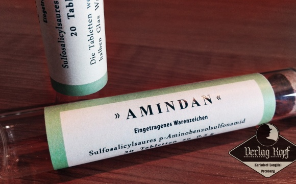 Authentic replica of Amindan (medicine tube box).