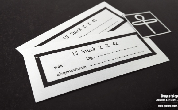 Set of paper labels for metal or paper box 15 Stück Zug-Zünder 42.