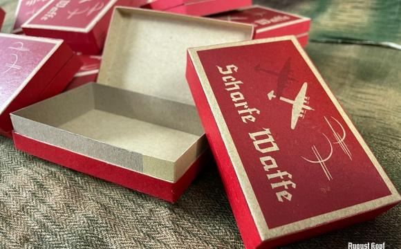 Exclusive box for cigarettes.