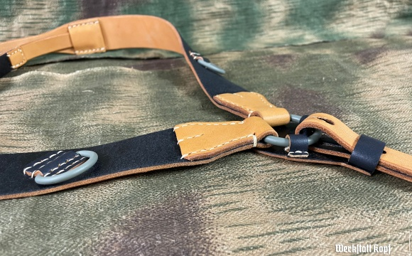 Since August 2021 we restocked these superb locally made Koppeltragegestell or Y-straps.
