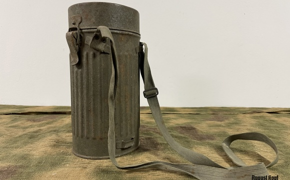 Very nice piece of authentic canister Draeger.