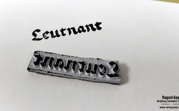 Stamp Leutnant for official documents.