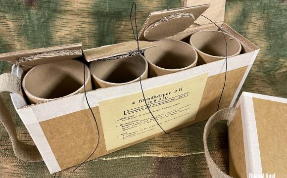 Rare Blendkörper 2H protective and transportation box reproduction.