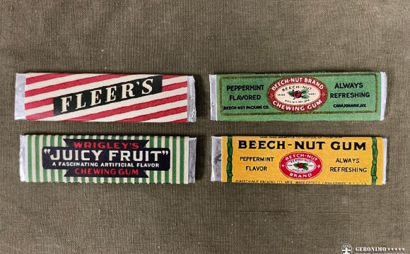 Simple set of 4 chewing gums repacked in WW2 era wrappers.