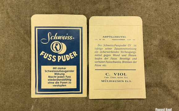 WW2 era foot powder suitable for soldier's use.